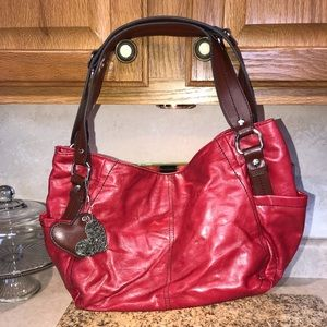 Perfect tote! Red with brown accents Relic purse!